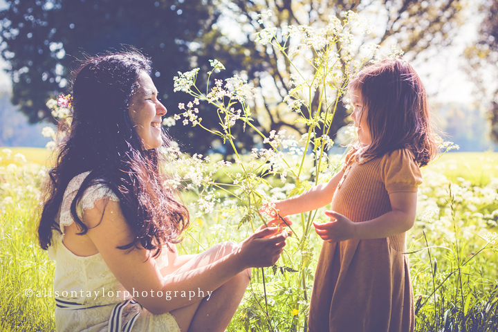 photo of a mother and her daughter in the sunshine during a family photo shoot in Bristol