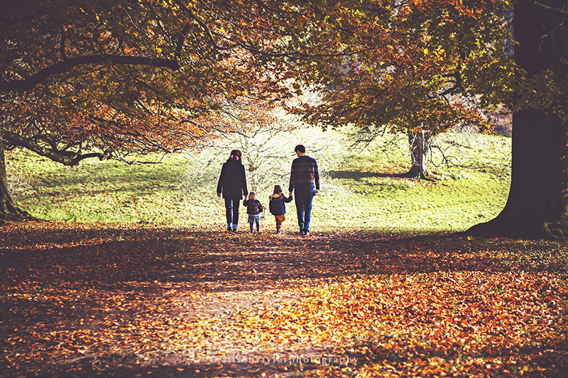 family walking together - family photographer bath